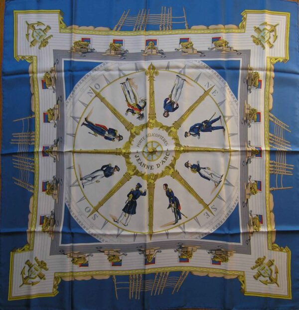 Jeanne D'Arc Porte Helicopteres Hermes Scarf