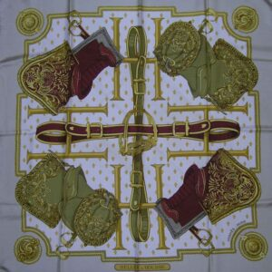 Selles a Housse Hermes Scarf